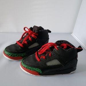 Baby Air Jordans, sz 9 Toddler